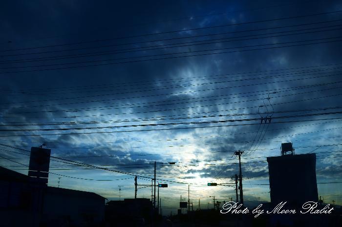 喜多川モータース・ロータスキタガワ付近の夕景 愛媛県西条市都町 2011年10月4日
