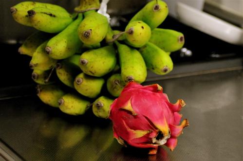 バナナとドラゴンフルーツ