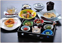 lunch_img_s05.jpg