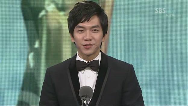 SBS演技大賞表紙