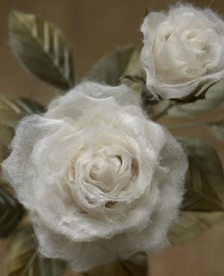 ブログ和紙の白バラ