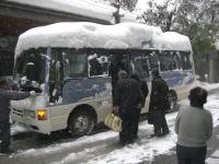 H240127おたや会 雪の送迎バス