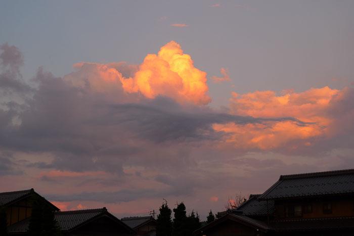 夕焼け 入道雲 高山