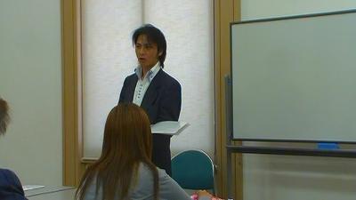 写真キャプション=セミナーで真剣な表情で説明を行なう宇道健竜氏