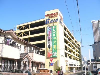 「ガイア岐阜駅前店」(P=556台、S=280台、総台数=836台)