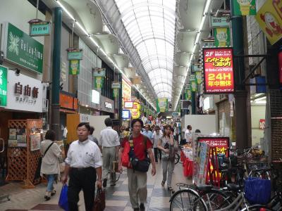今年もいろんなところに取材に行った。これは日本で1番長い天神橋商店街