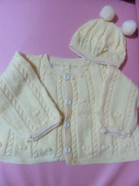 黄色編み物