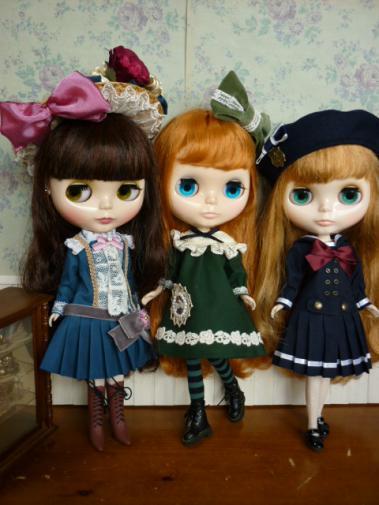 ショップ服モデル3人娘