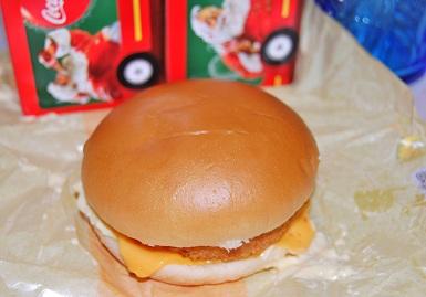 マクドナルドのチーズグラコロ