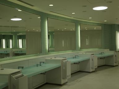 ネオパーサ駿河湾沼津下りのトイレ 3