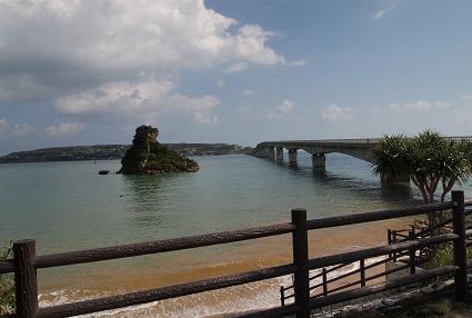 古宇利大橋を渡って・・・
