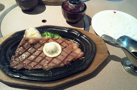 新人戦以来のお昼肉。
