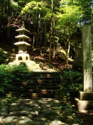 滝尾神社入口