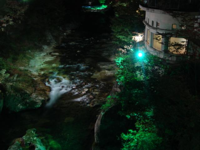 水上ライトアップ