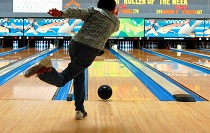 bowling_210.jpg
