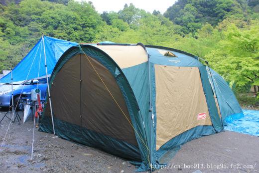 キャンプ雨4