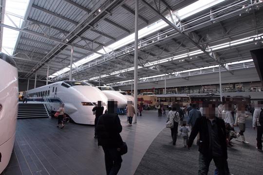 20110402_maglev_rail_park-19.jpg