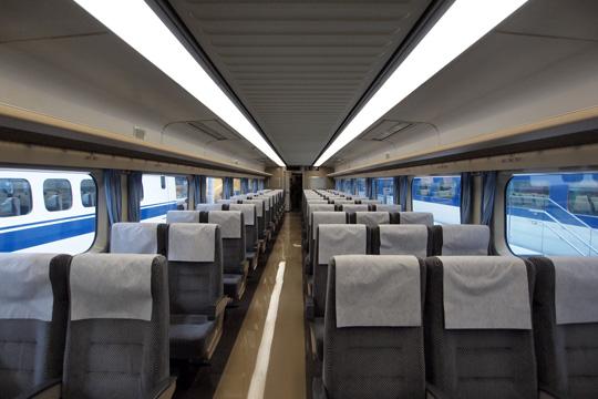 20110402_maglev_rail_park-51.jpg
