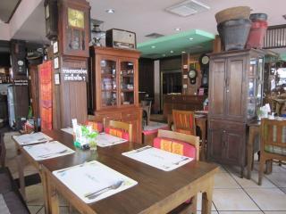 Pattaya1009-0527.JPG
