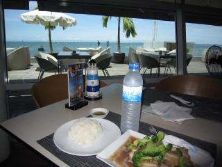 Pattaya1009-0725.JPG