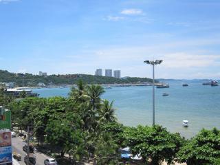 Pattaya1009-0727.JPG