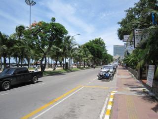 Pattaya1009-0912.JPG