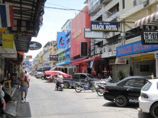 Pattaya1009-0913.JPG