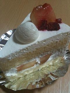 菓子工房 カトルカール 桃のショートケーキ