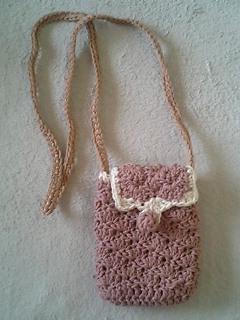 松編みのポシェット