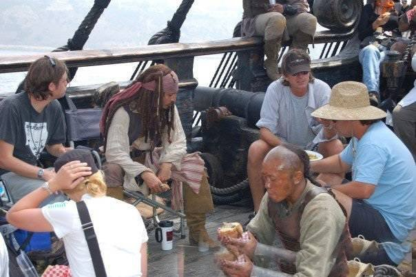 Pirates-of-the-Caribbean-On-Stranger-Tides-pirates-of-the-caribbean-4-16773980-604-402.jpg