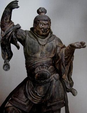 修復後の浄楽寺・毘沙門天像