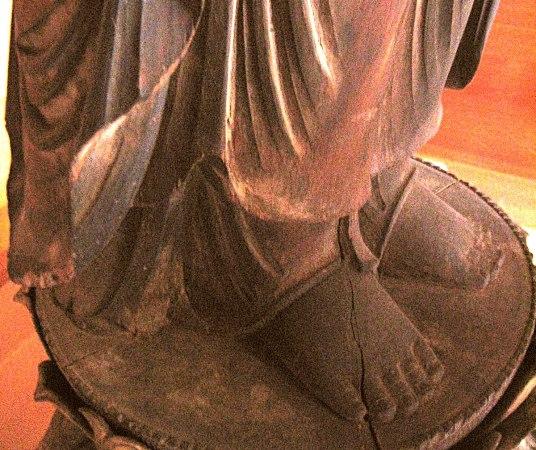 阿弥陀寺・薬師如来像~連肉まで一木で彫られている