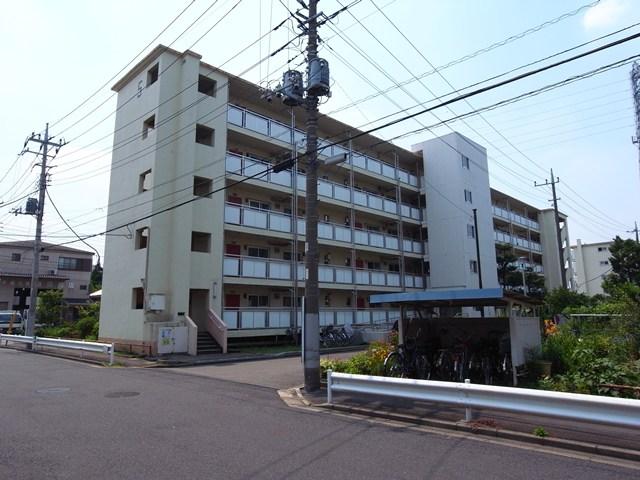 東京都営保木間第5アパートの片廊下住棟