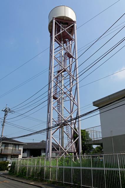 都営日野新井アパートの給水塔