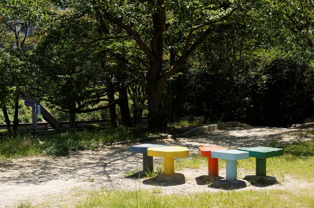 松が丘公園ベンチ