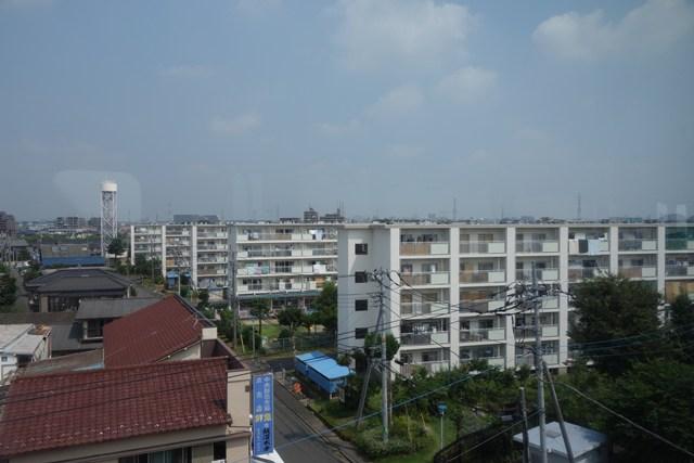 多摩モノレールから見た都営日野新井アパート