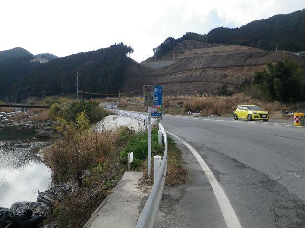 ダムに沈む村跡地-1