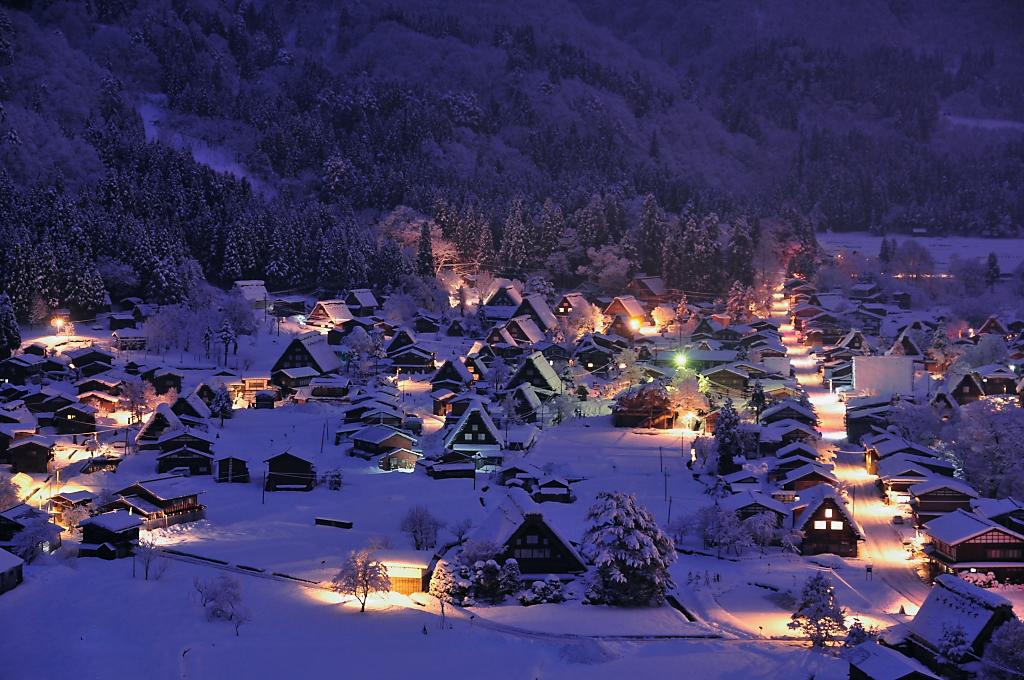 shirakawago_lightup.jpg