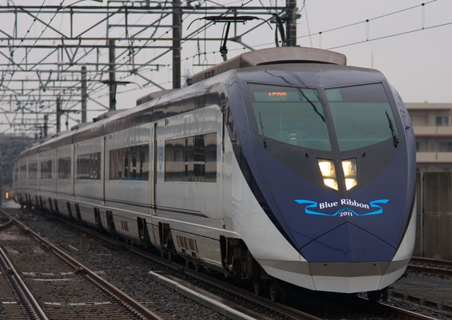 120121-keisei-AE-Blueribon-1.jpg