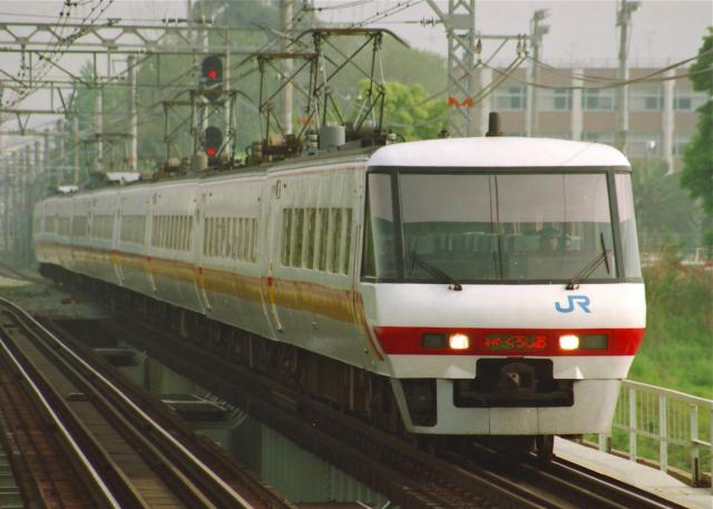 JR-W-381-superkuroshio-Old-2_convert_20131118191118.jpg