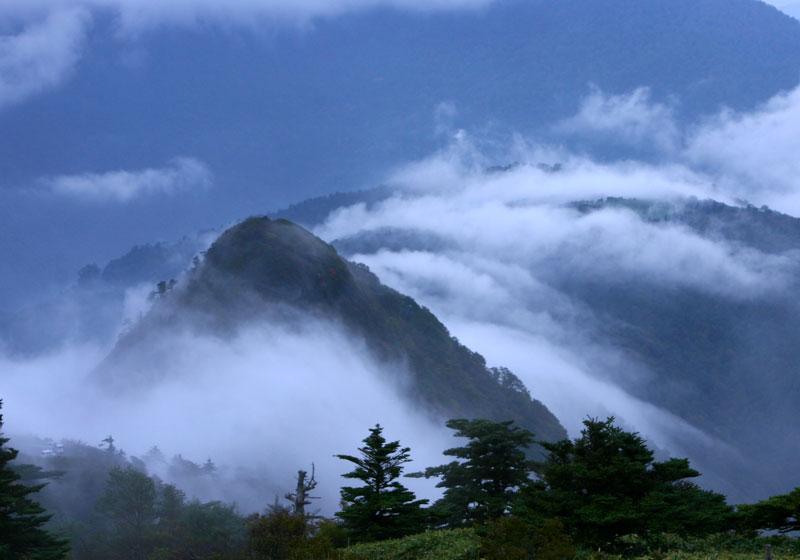 滝雲 子持権現山 (愛媛県 西条市 子持権現山)