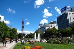 秋晴れの大通公園