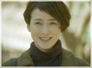 篠川智恵子を演じた安田成美