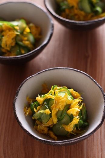菊と胡瓜の酢の物