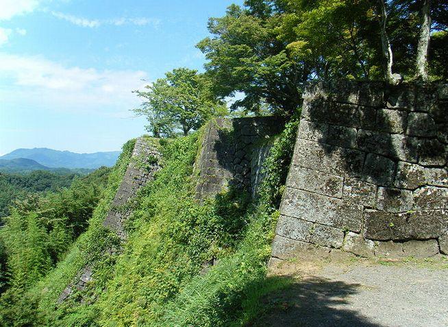 名曲・荒城の月を生んだ古城 「岡城」 - 日本百名城の旅