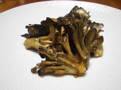 [写真]舞茸のバター醤油炒め