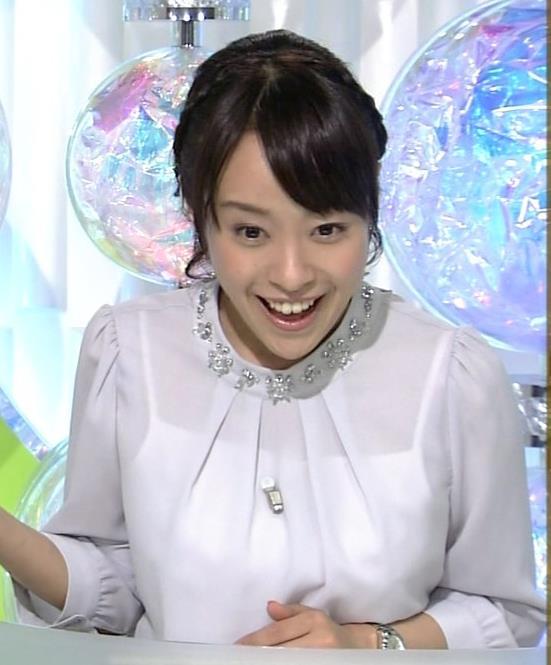 片山千恵子 透けブラウスおっぱいキャプ画像(エロ・アイコラ画像)