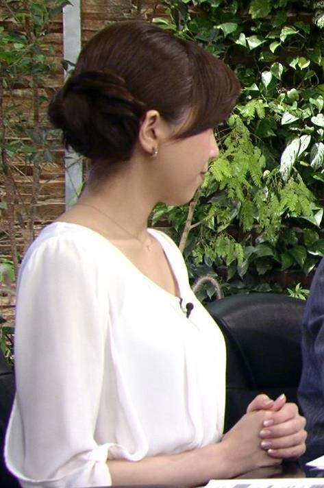 森本智子 横乳キャプ・エロ画像2