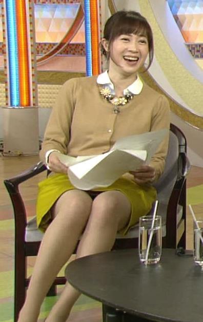 出田奈々  ミニスカのデルタゾーンキャプ画像(エロ・アイコラ画像)