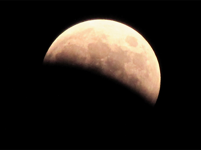 lunar_eclipse2014oct08_01.jpg